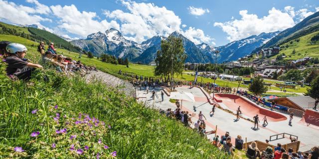 skatepark-ete-les2alpes-king-of-the-plaza.jpg